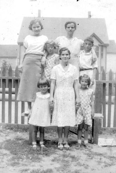 18-cesidia-children-oneil-place-1930s