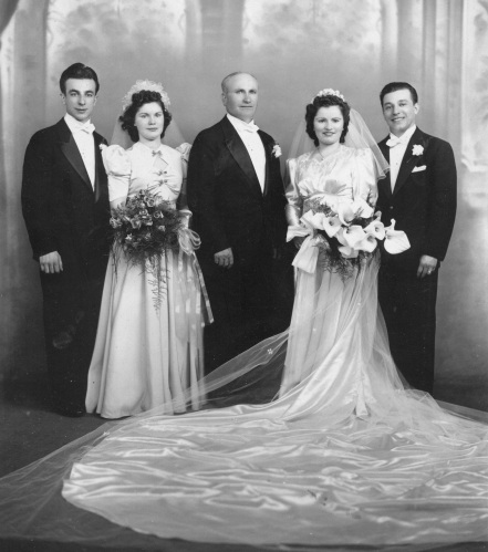 9-wedding-of-william-f-marchione-and-maria-salvucci-1941