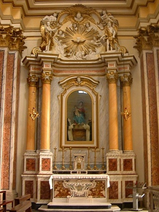 3b. Main altar Church of Santa Maria and San Marcello, San Donato val di Comino, Italy