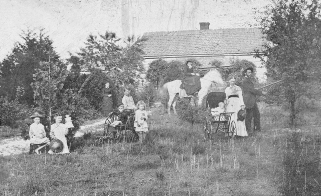 17.Mobley family at Sedgefield c. 1885 redo