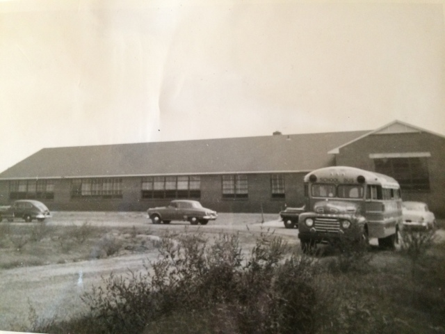 19. Rose Garden Hill School, 1953