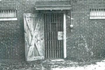 1i. The Smyrna Jail
