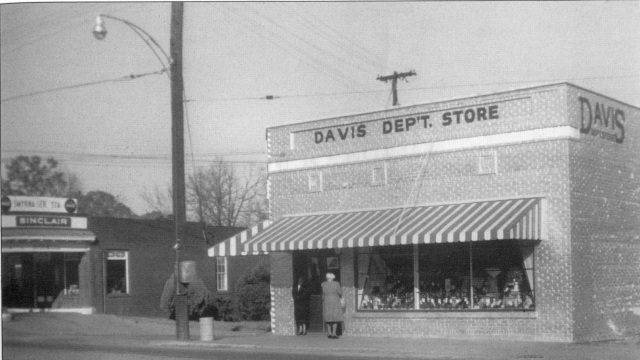 20. Davis Department Store, Atlanta Road at Spring St.