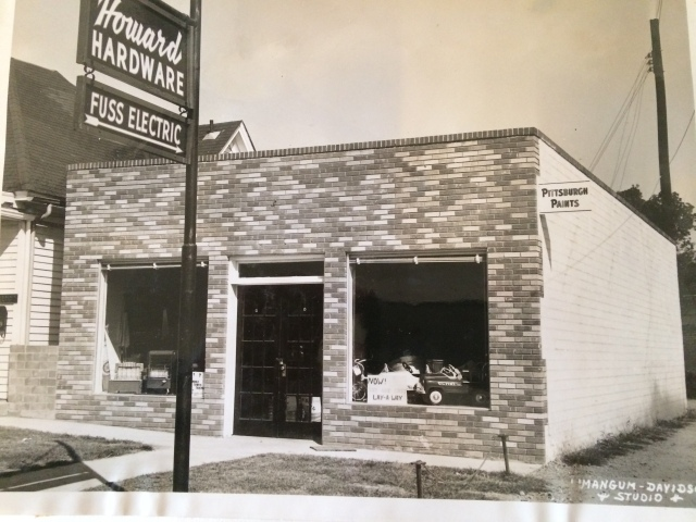 20. Howard Hardware, Bank Street, 1953