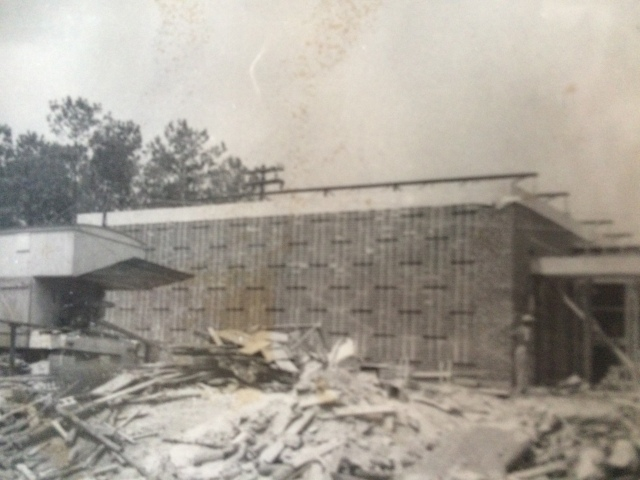 22. Belmont Hills Elemeentary School under construction, 1953 (2)