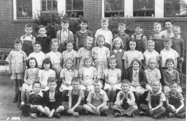 22. Smyrna Elementary School, First Grade, Mrs. Hunt, teacher, 1944