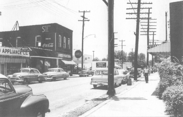 Downtown Smyrna looking south c. 1956