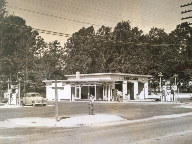 9. Sinclair Gasoline Station, Atlanta at Cherokee Rd.