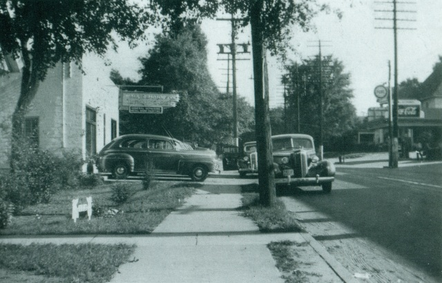 9. Walker Motor Company, Atlanta Road, near the site of the Smyrna Museum, 1948