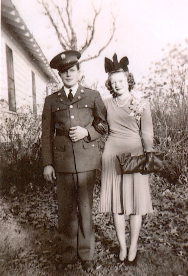 3.Max and Virginia Parnell on the grounds of the Lewis House