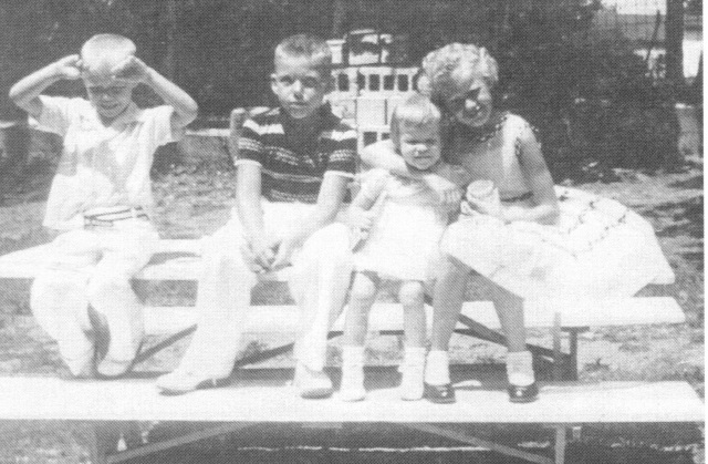 Bacon Children early 1950s, Max second from left-2