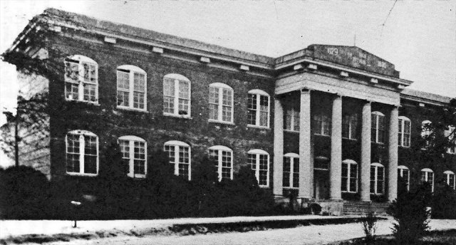 Macland A&M School, Powder Springs.jpg